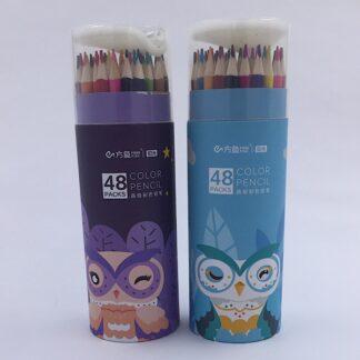 48 stk. farveblyanter i et paprør med blyantspidser