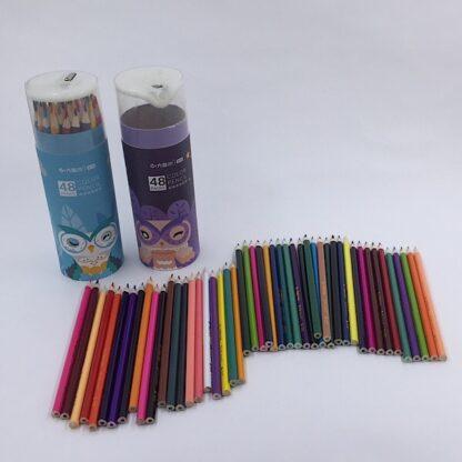 Farveblyanter i paprør med blyantspidser