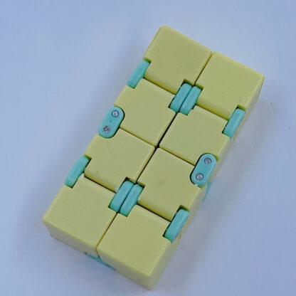 Infinity cube Lysegul evighedsterning Legetøj