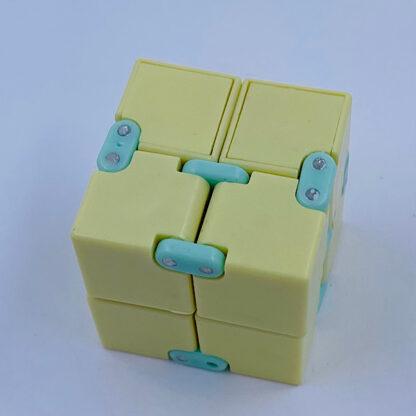 Infinity cube lysegul Legetøj