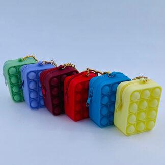 Pop it nøglering med en Bubble pung ensfarvet Fidget Toy